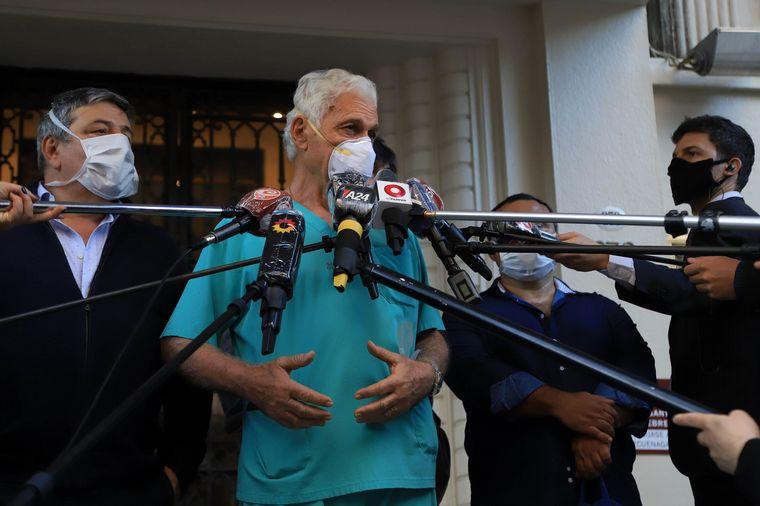 FOTO: Mauricio Macri seguirá internado en el sanatorio Otamendi.