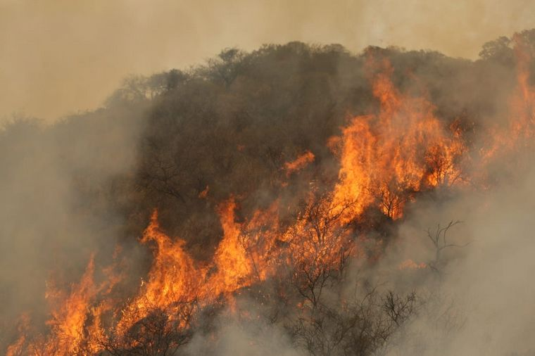 FOTO: Incendios en las Sierras.