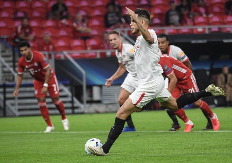 FOTO: Bayern Múnich y Sevilla protagonizaron la final de la Supercopa de Europa.