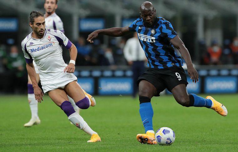 FOTO: Inter lo dio vuelta y le ganó a Fiorentina.
