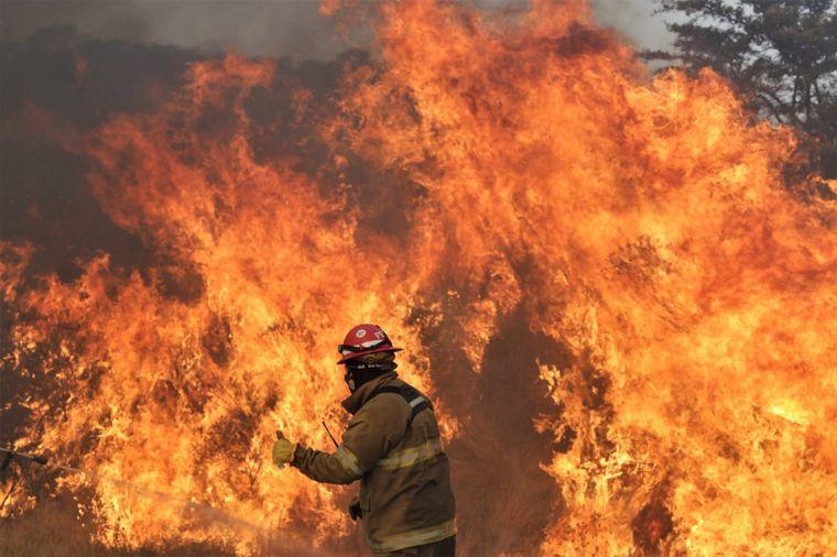 FOTO: Panorama desolador tras los incendios en camino a Los Gigantes, ruta 28