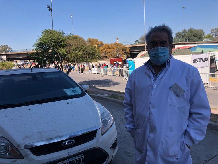 FOTO: Largas filas para hisoparse en el Polo Sanitario de Córdoba capital.