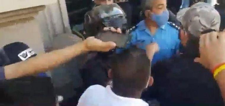 AUDIO: Represión y violencia en una marcha de choferes de La Rioja