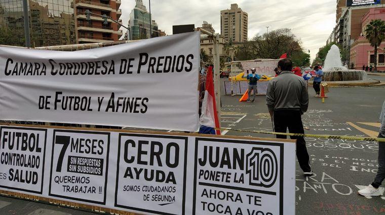 FOTO: Protesta del fútbol amateur de Córdoba.