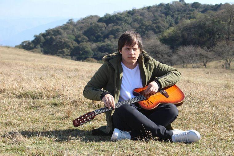 AUDIO: Nahuel Pennisi habló de su próximo disco y del vínculo con su hijo en cuarentena
