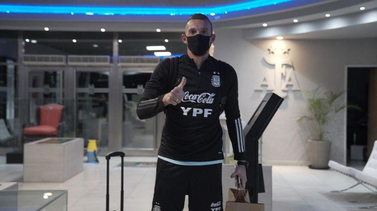 FOTO: Lionel Messi, al arribar a Argentina.