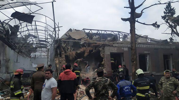 FOTO: Siguen los enfrentamientos entre fuerzas armenias y azerbaiyanas (Foto: DW)