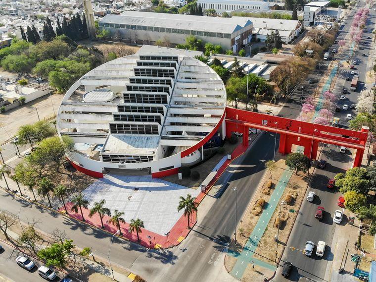 AUDIO: Instituciones de arquitectos piden respetar los colores y arquitectura de la ciudad