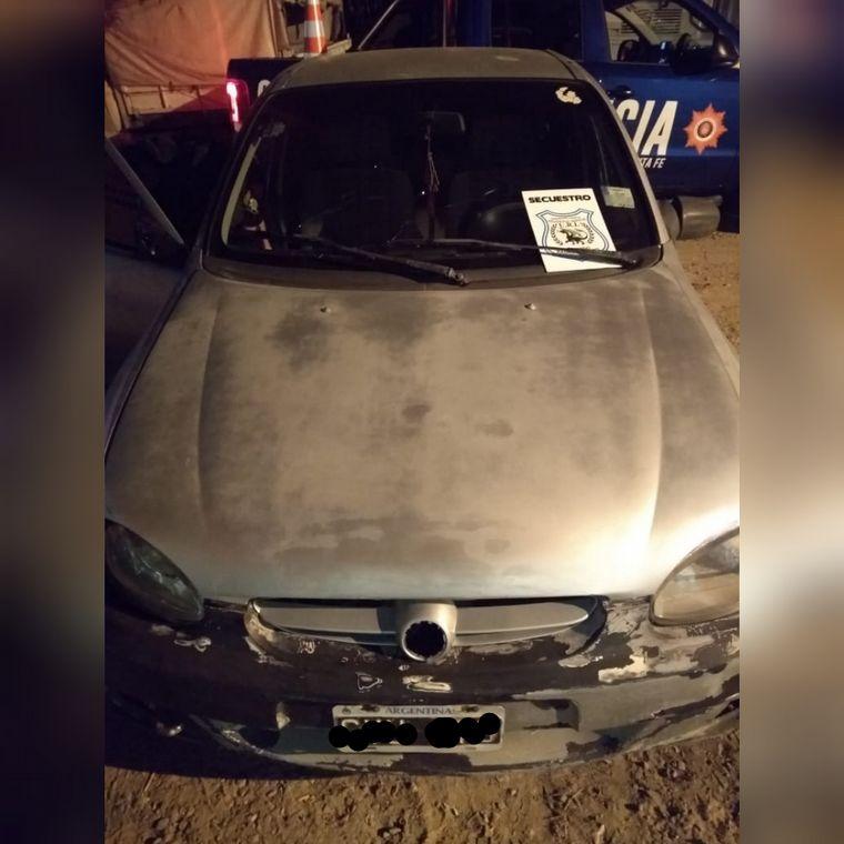 FOTO: Balearon un local de comidas rápidas en un violento robo en Santa Fe