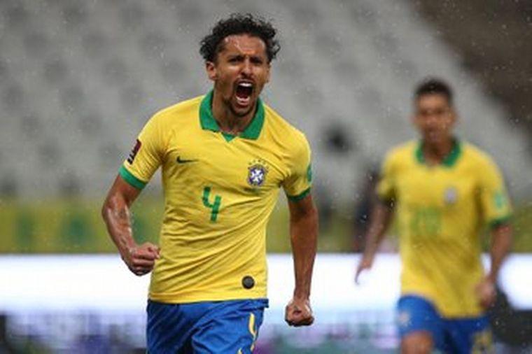 FOTO: Brasil goleó por 5 a 0 a Bolivia