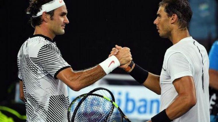FOTO: Federer felicitó al español por haberlo alcanzado en títulos de Grand Slam.