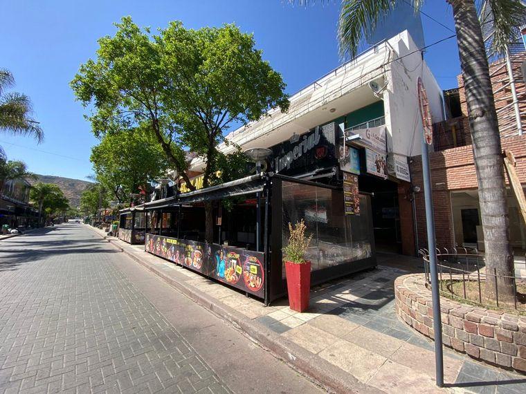 FOTO: Alto acatamiento de las restricciones en Carlos Paz.