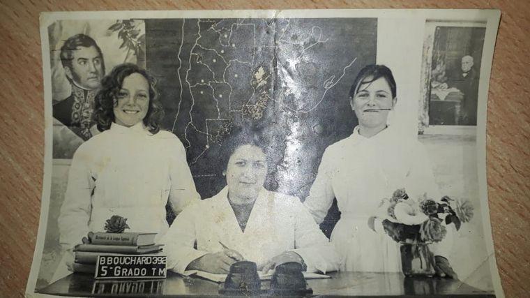 AUDIO: Alumnos de la promoción 1963 le festejaron los 100 años a su maestra