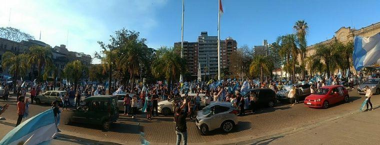 FOTO: 12O en Buenos Aires - nuevo banderazo contra el Gobierno nacional