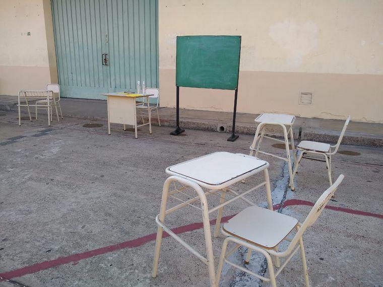 FOTO: Escuelas de CABA y de algunos distritos de la Provincia vuelven a clases
