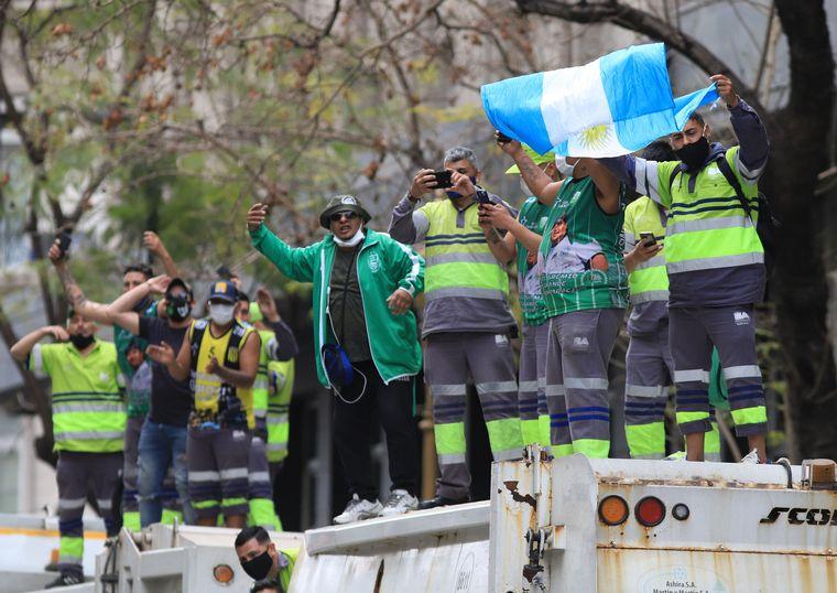 FOTO: Día de la lealtad: gremios hicieron una caravana en apoyo al Gobierno