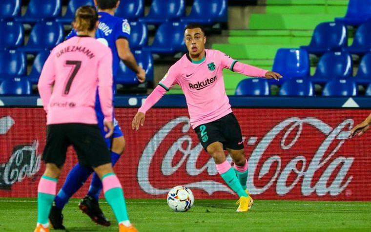 FOTO: Barcelona perdió contra Getafe y Real Madrid cayó ante Cádiz