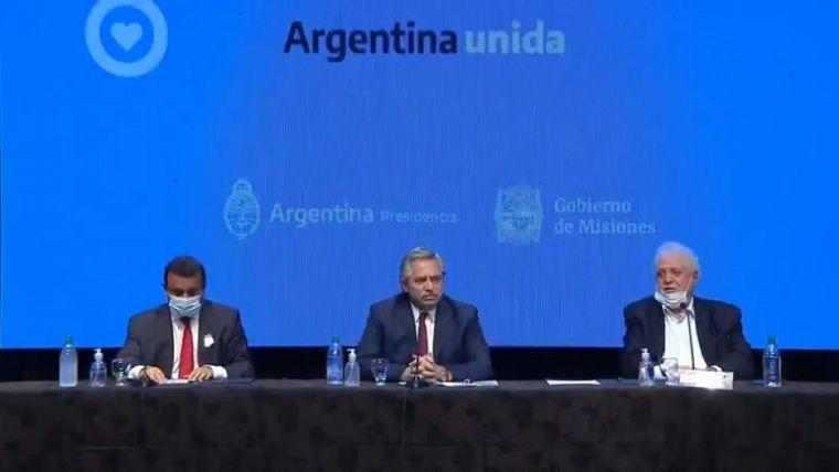 FOTO: Alberto Fernández anuncia la extensión del aislamiento.