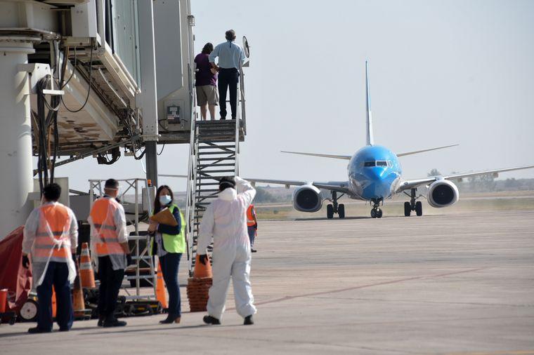 FOTO: Argentina abre sus fronteras para extranjeros de países limítrofes.