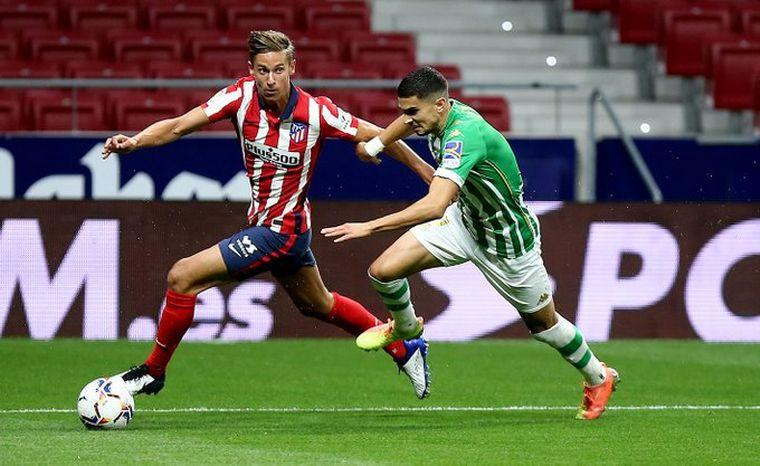 FOTO: Atlético de Madrid le ganó a Betis y se acerca a la punta.