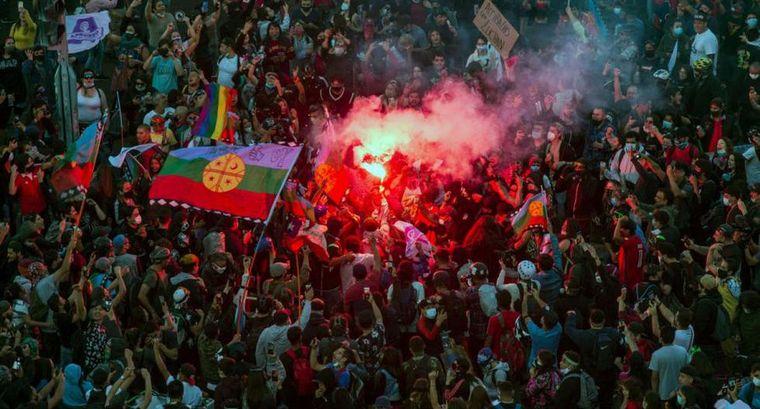 AUDIO: Rotundo apoyo a cambiar la Constitución de Pinochet en Chile