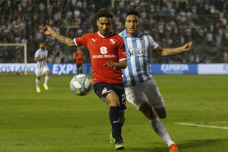 FOTO: Silvio Romero abrió el marcador para Independiente