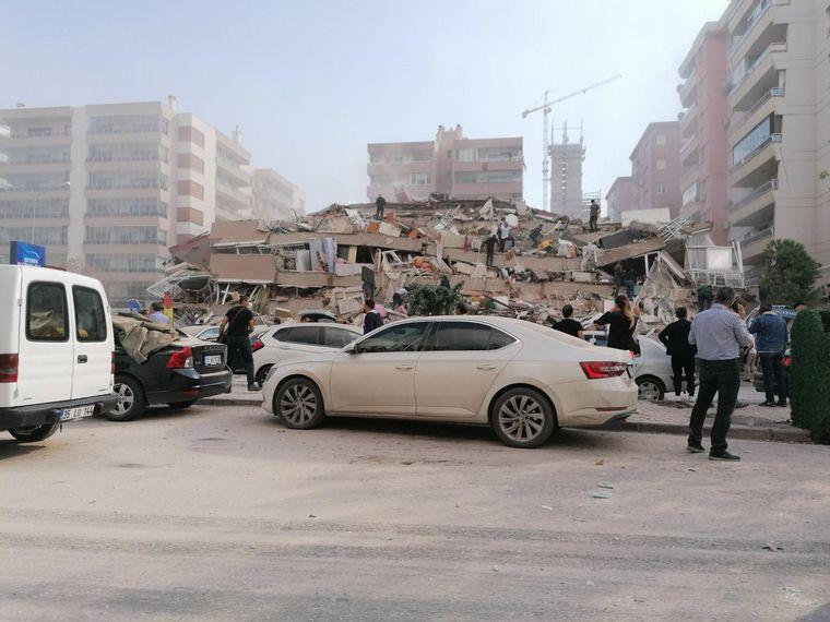 FOTO: Al menos 22 muertos por el sismo que sacudió a Turquía y Grecia.