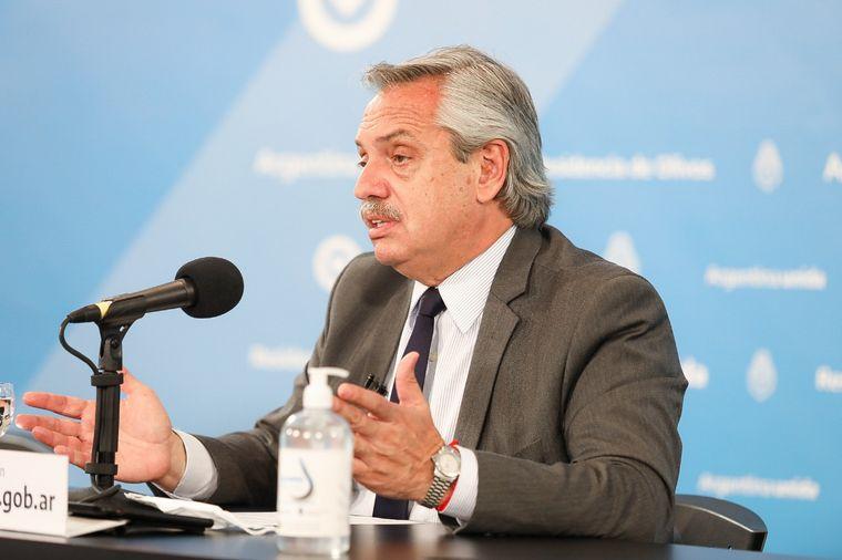 FOTO: Alberto Fernández extendió el aislamiento en departamentos de 10 provincias.