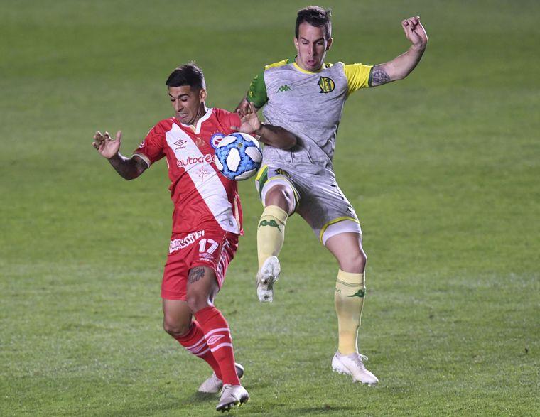FOTO: Aldosivi venció a Argentinos Juniors por 1 a 0