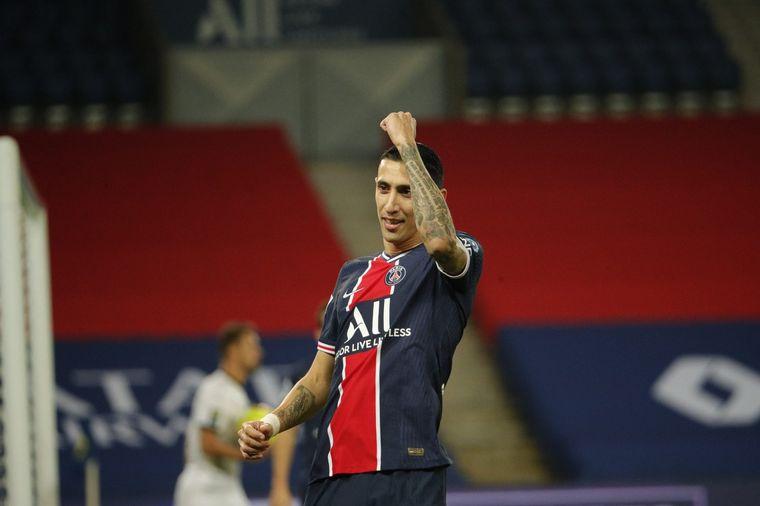 FOTO: Di María anotó dos goles en el primer tiempo.