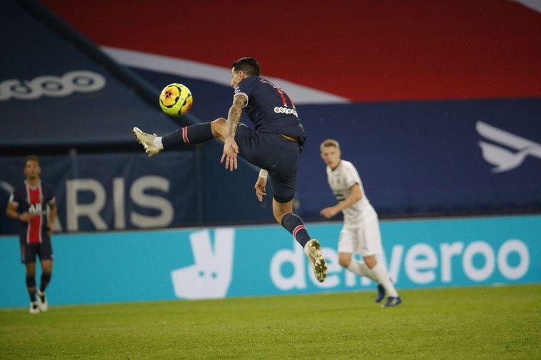 FOTO: Con este resultado, PSG, que logró su octavo triunfo en diez partidos.