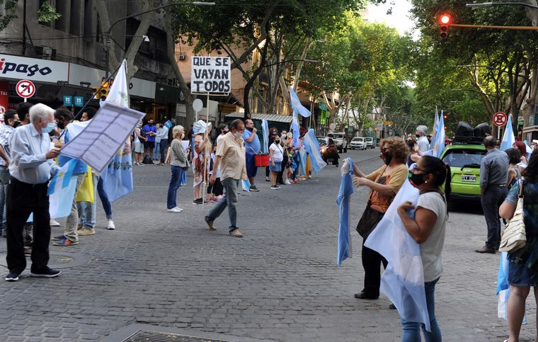 FOTO: Manifestación contra el Gobierno en Mar del Plata.