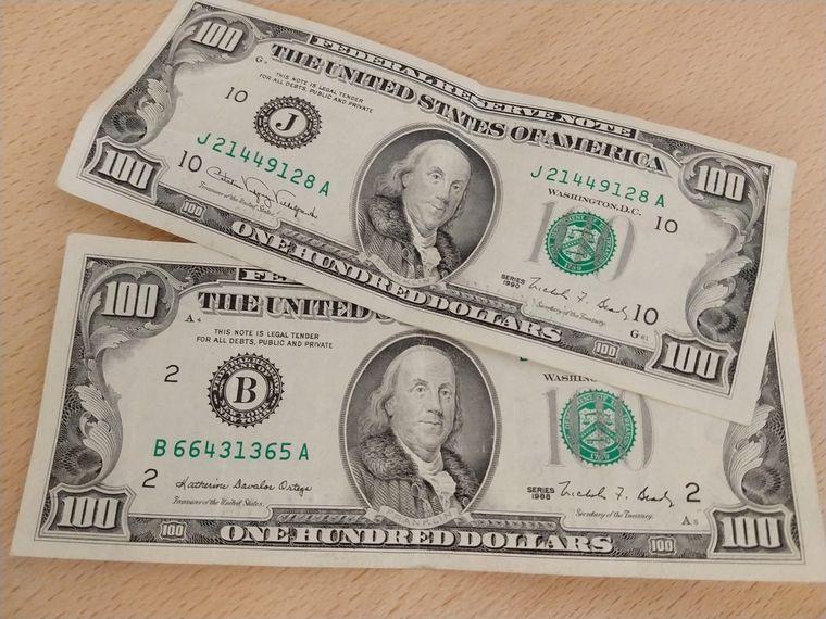 FOTO: Dolar