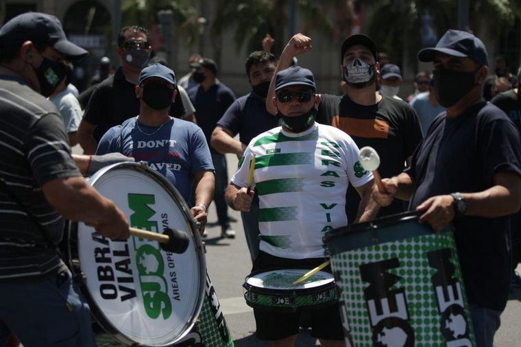AUDIO: Caos de tránsito en el Centro por manifestaciones del Suoem
