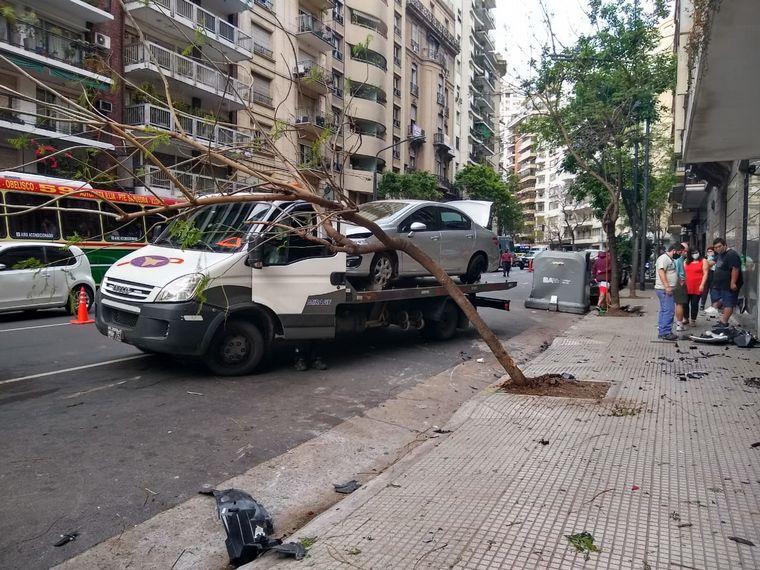 FOTO: Espectacular triple choque en Recoleta.