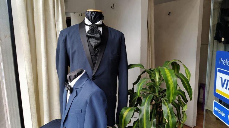 FOTO: Desde el rubro de alquileres de trajes esperan poder trabajar para fin de año