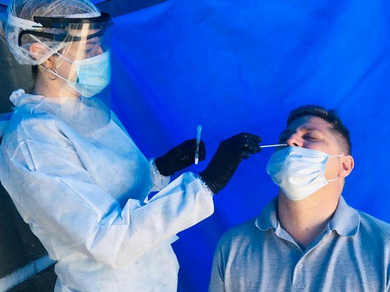 FOTO: Fallecieron más de 36 mil personas en Argentina con coronavirus.