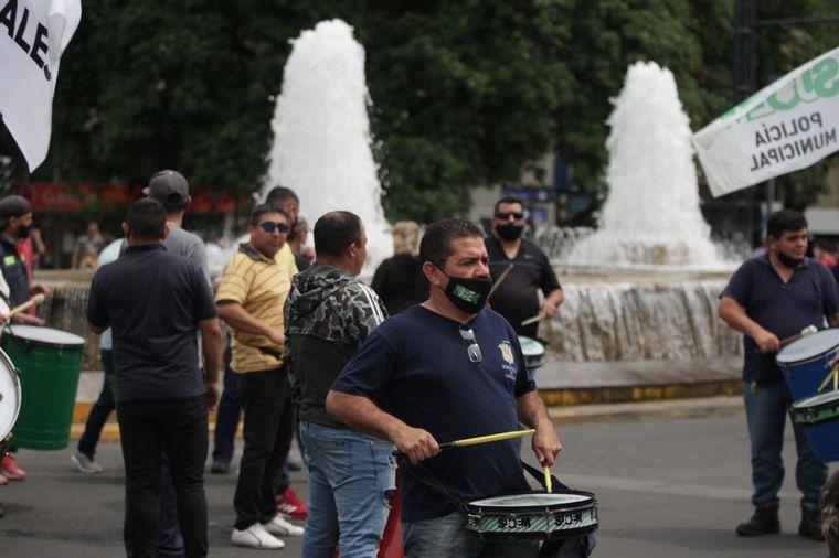 AUDIO: Barrios de Pie marchan en Córdoba