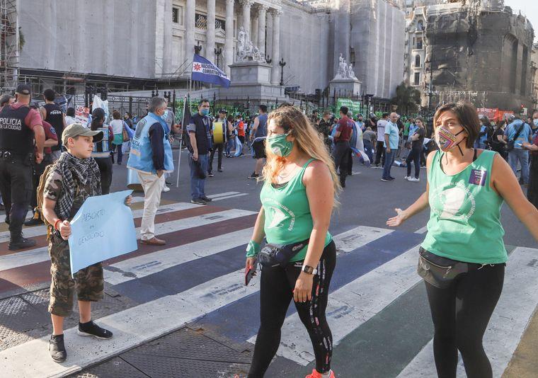 AUDIO: Caravana verde en Córdoba para pedir por la legalización del aborto