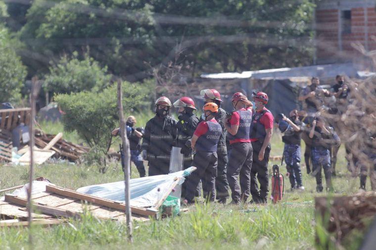 FOTO: Desalojaron el predio de camino a Capilla de los Remedios.
