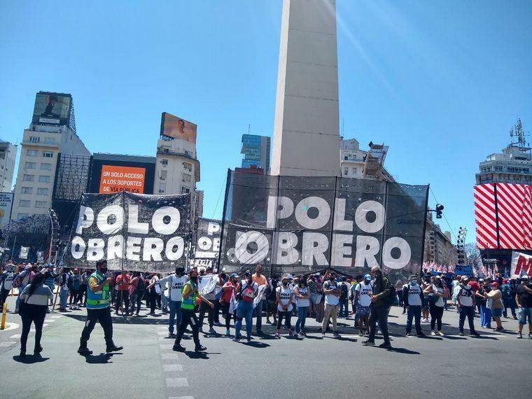 FOTO: Manifestación del Polo Obrero y de municipales en Buenos Aires