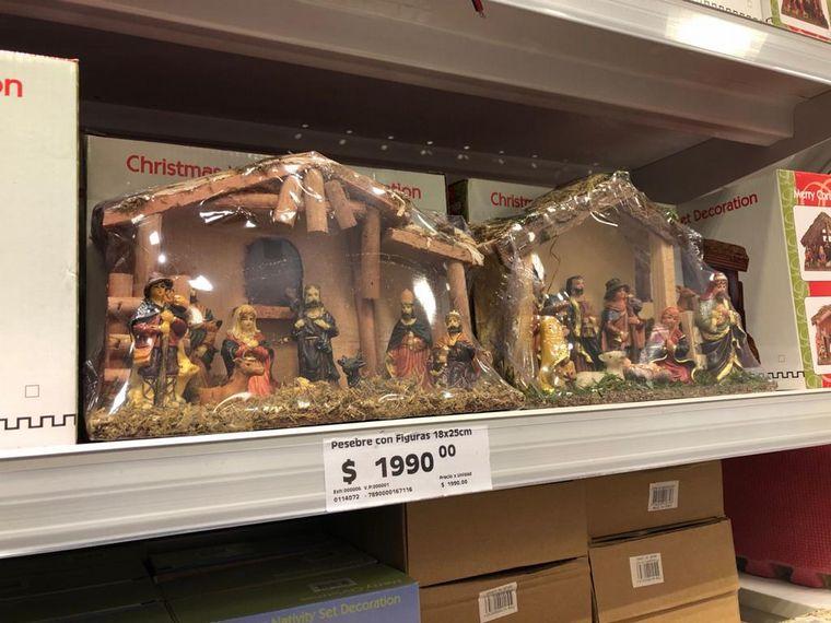 FOTO: A cuánto están los adornos de Navidad en Córdoba