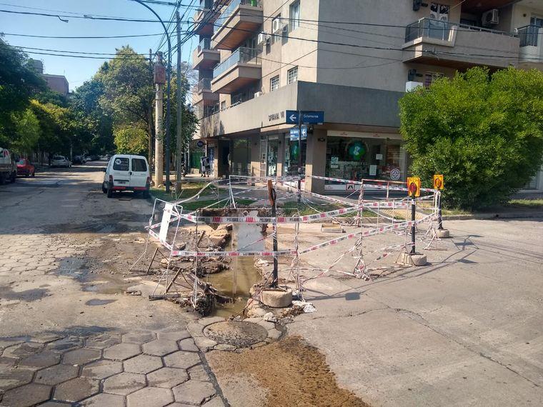 AUDIO: Vecinos de barrio General Paz reclaman por aguas servidas
