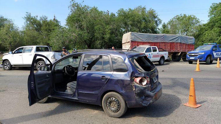 AUDIO: Impactante accidente en Córdoba: Un camión quedó sin frenos y chocó dos vehículos