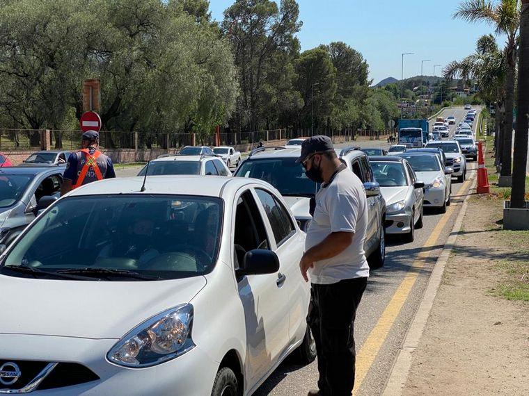 AUDIO: Incrementa el tráfico a Valle de Paravachasca y Calamuchita por la flexibilización