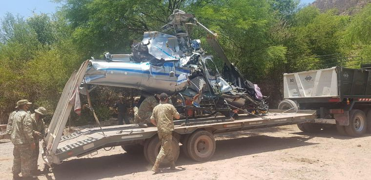 FOTO: El helicóptero de Jorge Brito chocó los cables de una tirolesa antes de caer.