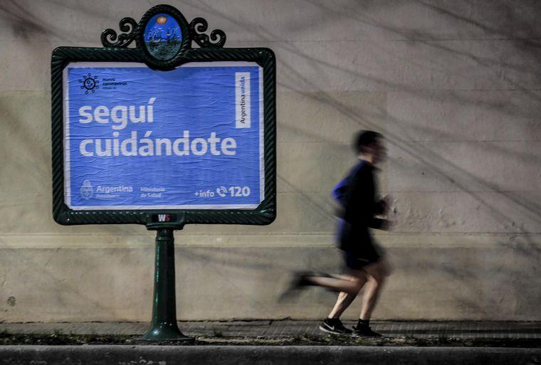 FOTO: Argentina supera las 37 mil muertes por coronavirus.