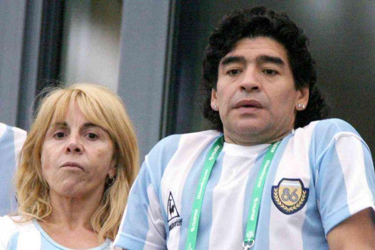 FOTO: Claudia Villafañe y Maradona se conocieron en su adolescencia.