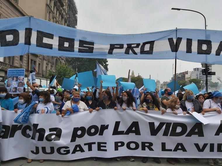 FOTO: Marcha contra el aborto en Buenos Aires.