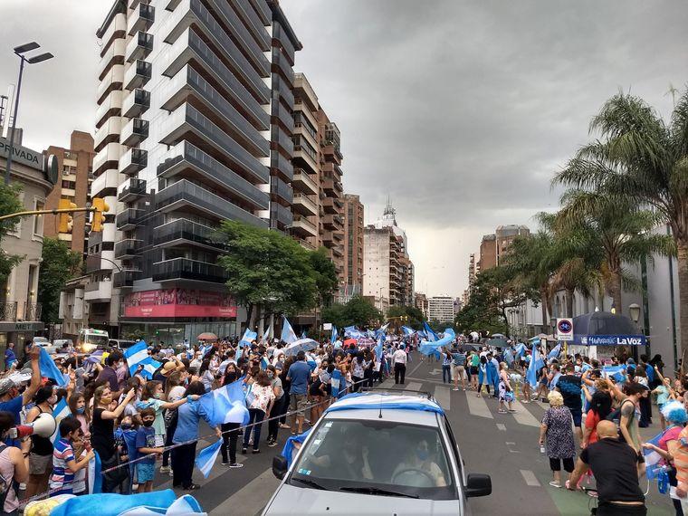 FOTO: Marcha contra la legalización del aborto en Rosario